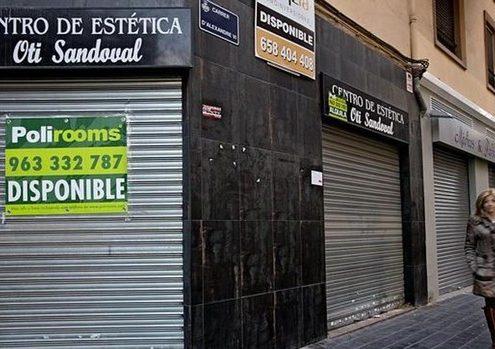 El pequeño comercio estalla: «Llevamos 20 días cerrados y tenemos que seguir pagando el alquiler»