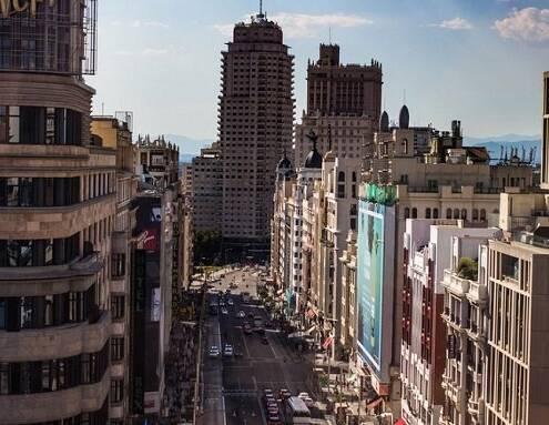 La pandemia vacía las calles: 'vacancy' del 13% en el 'prime' en Madrid y Barcelona