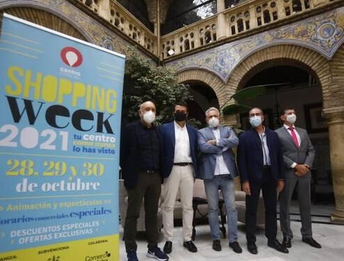 Córdoba pasa de la 'Shopping Night' a la 'Shopping Week': tres días con descuentos y horarios especiales en el comercio